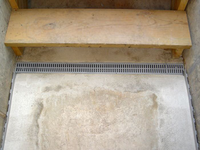 Wood Basement Drainage : Flooded basement stairways in south eastern ontario