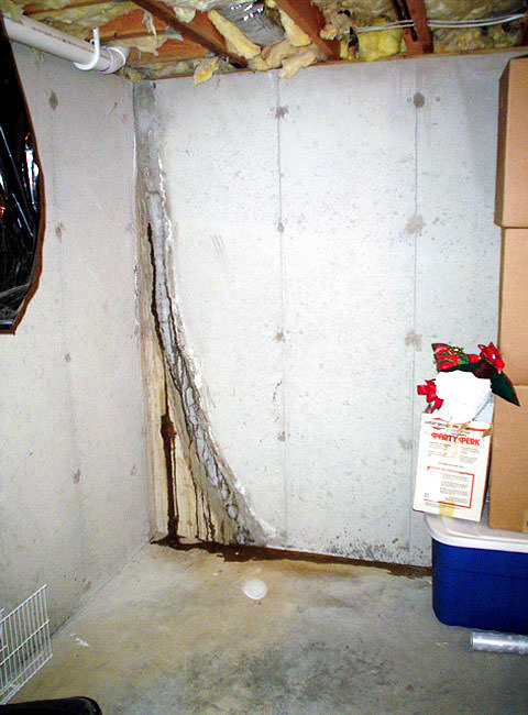 floor wall crack repair repair leaking cracks in foundation wall